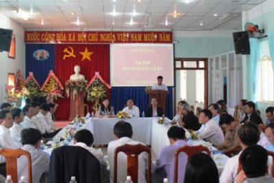 Đắk Nông tọa đàm kỷ niệm Ngày Nhà giáo Việt Nam